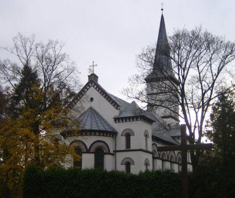 Kościół neoklasycystyczny ewangelicko-augsburski w Ozimku