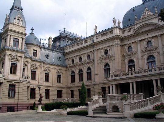 Pałac Izraela Kalmanowicza Poznańskiego w Łodzi - widok od ogrodu