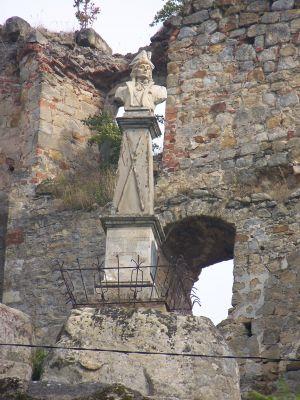 Pomnik Tadeusza Kościuszki na Zamku Kamieniec
