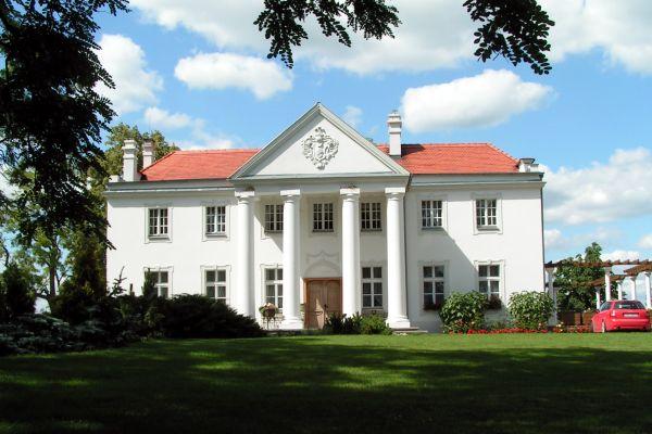 Pałac w Grochowiskach Szlacheckich