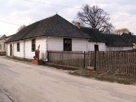 Zabytkowa zagroda Czernikiewiczów w Bodzentynie
