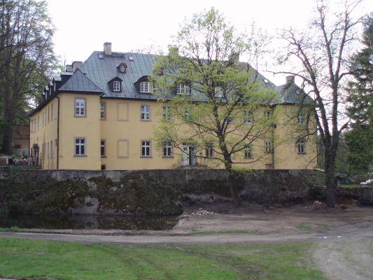 Pałac w Staniszowie