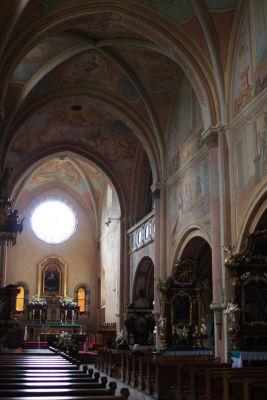 Nawa główna kościoła cystersów w Wąchocku