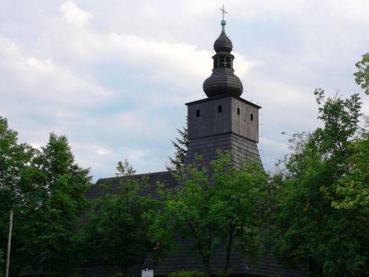 Zabytkowy drewniany kościół w Kaczycach