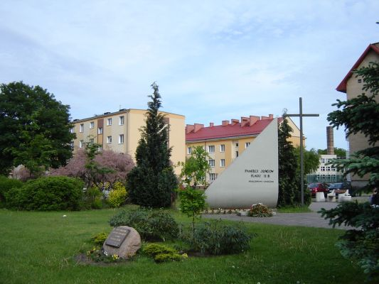 Pomnik Oflagu IIB Arnswalde znajdujący się w Choszcznie