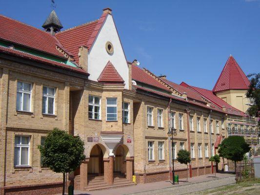 Szkoła Podstawowa i Gimnazjum w Reczu