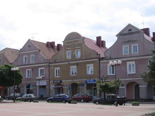 Zabytkowe kamieniczki na Starym Rynku w Łomży