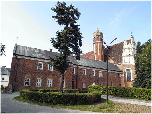 Klasztor i kościół OO. Bernardynów pw. Św. Barbary w Przeworsku