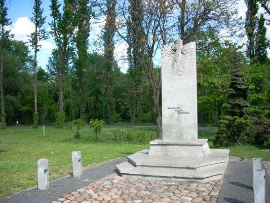 Pomnik w parku Sieleckim