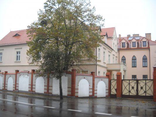 Klasztor Sióstr Karmelitanek Bosych w Łasinie
