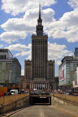Pałac Kultury i Nauki w Warszawie (widok od ul. Złotej)