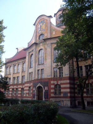 Budynek IV LO w Bytomiu