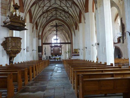 Wnętrze remontowanego po pożarze kościoła św. Katarzyny 2009r