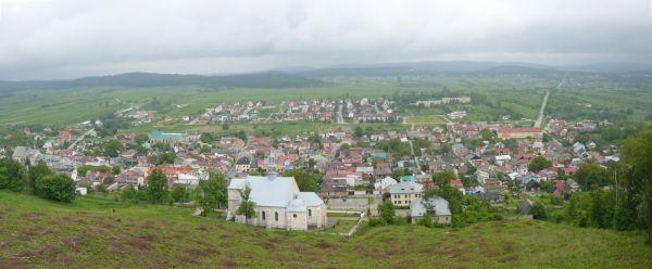 Chęciny - panorama miasta z murów zamkowych