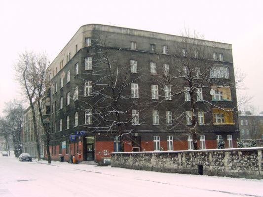 Zabytkowa kamienica w Dąbrówce Małej (Katowice) - Urząd Pocztowy nr 15