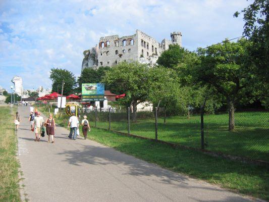Ogrodzieniec - droga do zamku