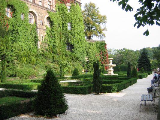 Taras zachodni - zamek w Książu
