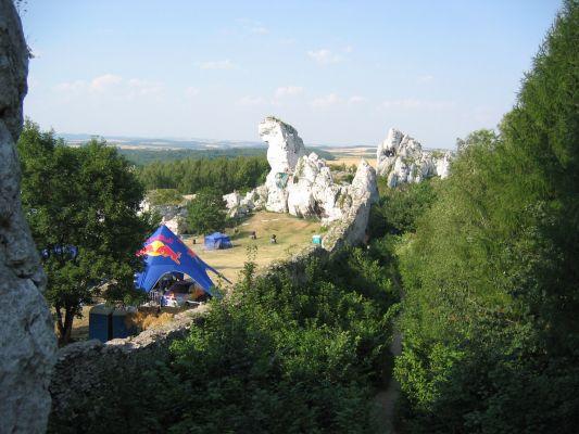 Widok na zamek w Podzamczu