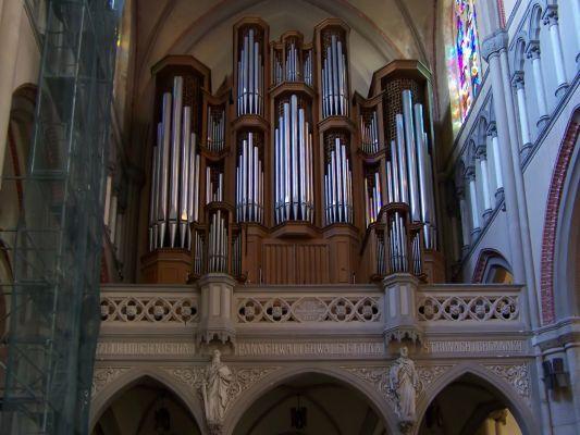 Organy w archikatedrze pw. św. Stanisława Kostki w Łodzi.