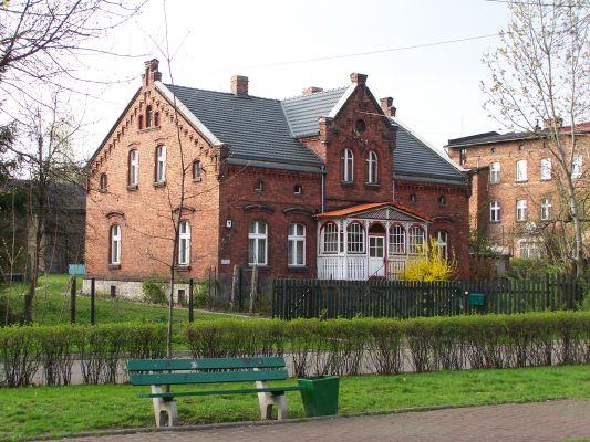 Zabytkowe zabudowania na Dębie w Katowicach.