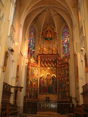 Archikatedra św. Rodziny w Częstochowie - ołtarz