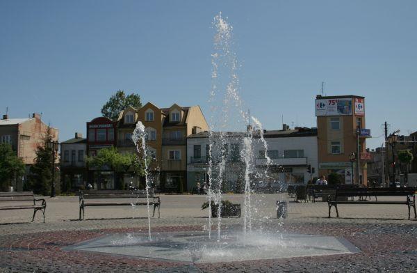 Sochaczew - fontanna na rynku