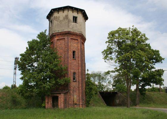 Wieża ciśnień przy stacji kolejowa w Koszęcinie