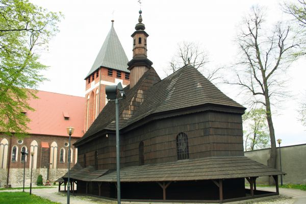 zabytkowy kościół Wniebowzięcia NMP w Miasteczku Śląskim
