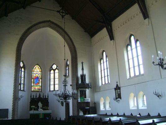 Wnętrze kościoła Zbawiciela w Szopienicach