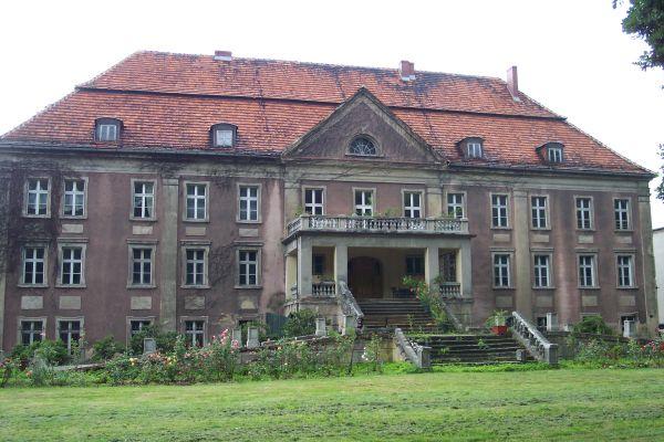 Pałac w Wędzinie