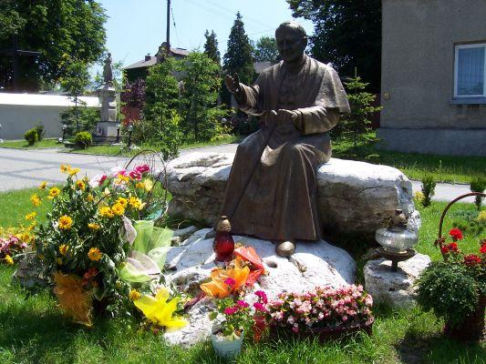Pomnik Jana Pawła II w Ogrodzieńcu