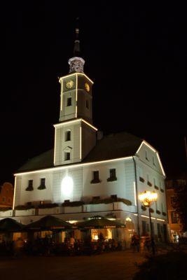 Ratusz w Gliwicach nocą