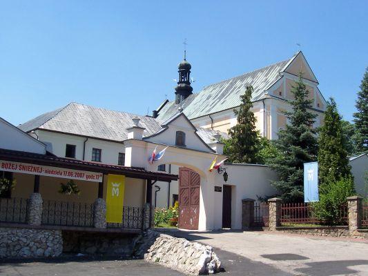 Sanktuarium Matki Bożej Śnieżnej Opiekunki Rodzin w Pilicy