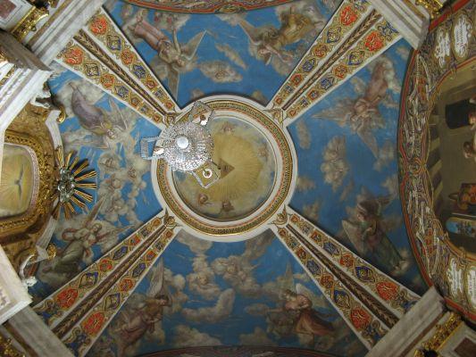 Katedra Wniebowzięcia Najświętszej Marii Panny w Gnieźnie - malowidła na suficie