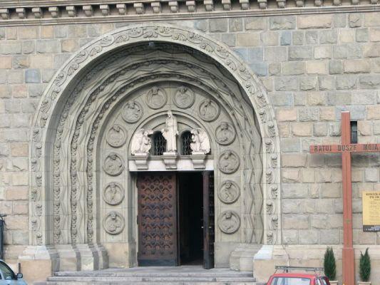 Bielsko-Biała. Katedra św. Mikołaja - portal.