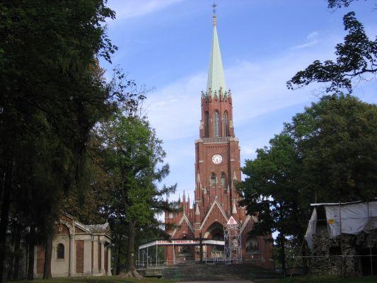 Kościół na kalwarii w Piekarach Śląskich