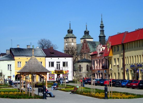 Rynek (Pl. Obrońców Pokoju) w Opatowie