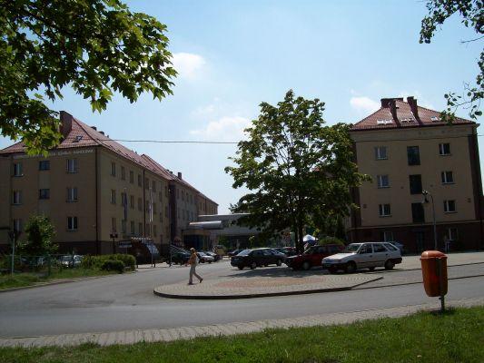 Kompleks budynków Górnośląskiej Wyższej Szkoły Handlowej w Katowicach Piotrowicach
