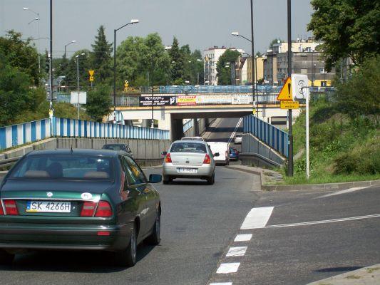 Tunel pod linią kolejową Katowice-Rybnik/Wisła Głębce w Katowicach Piotrowicach