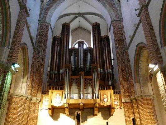 Organy w Archikatedrze Gnieźnieńskiej