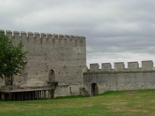 Zamek w Szydłowie - dziedziniec