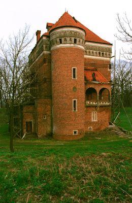 Wieża obronna w Rzemieniu