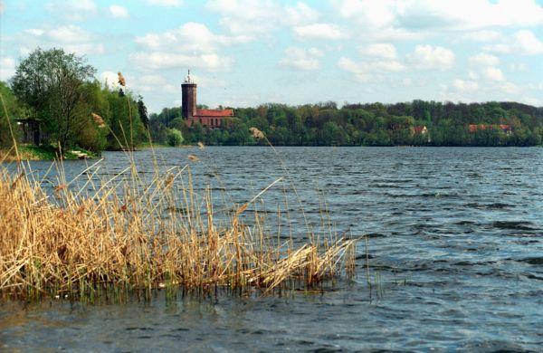 Zamek krzyżacki w Człuchowie - widok od strony jeziora