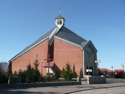 Kościół pw. Chrystusa Dobrego Pasterza we wsi Białe Błota,