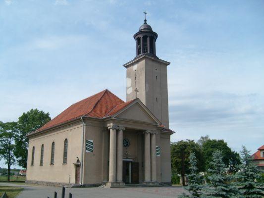 Kościół pw. NMP Królowej Polski we wsi Brzoza