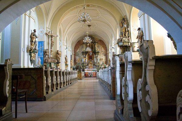 Grodowiec - wnętrze kościoła