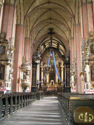 Chełmno, kościół Wniebowzięcia NMP, wnętrze w kierunku wschodnim