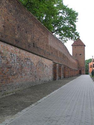 Chełmno - mury obronne i baszta Prochowa