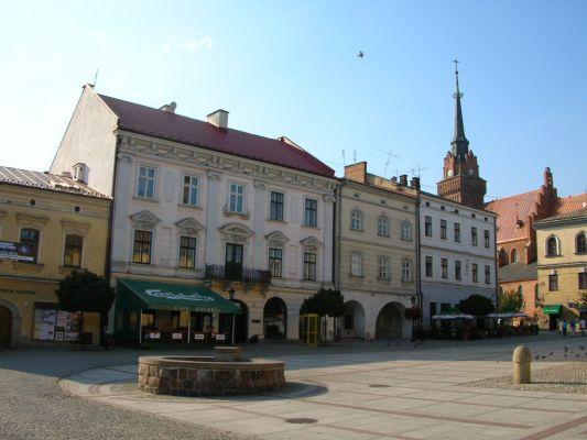 Tarnów - Rynek z katedrą w tle