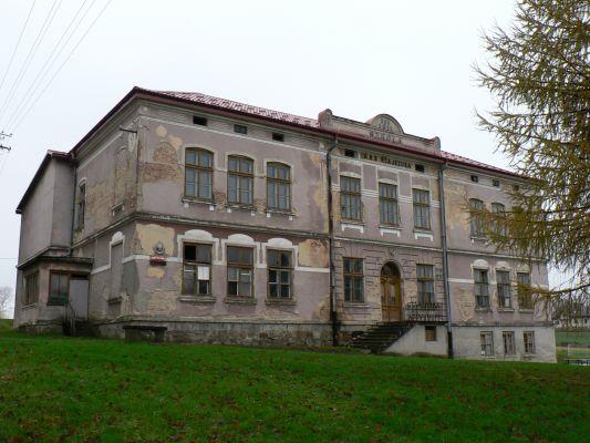 Stara szkoła w Starej Wsi